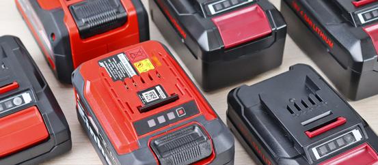 Отличия оригинальных аккумуляторных батарей Power X-Change от копий